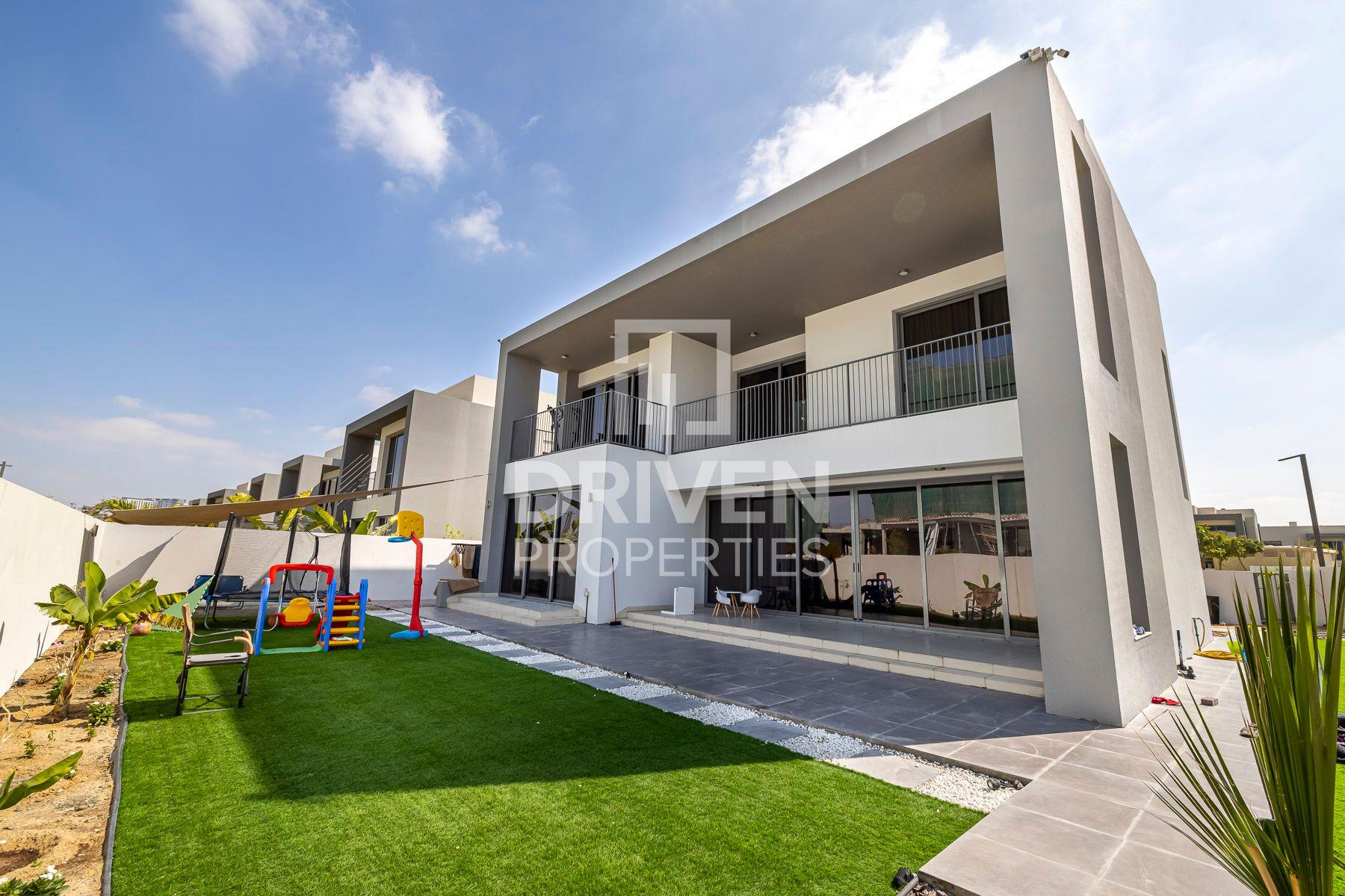 4,283 قدم مربع  فيلا - للبيع - دبي هيلز استيت