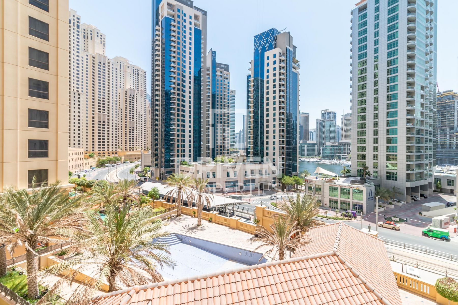 Exclusive 3 Bed Apartment with Marina View
