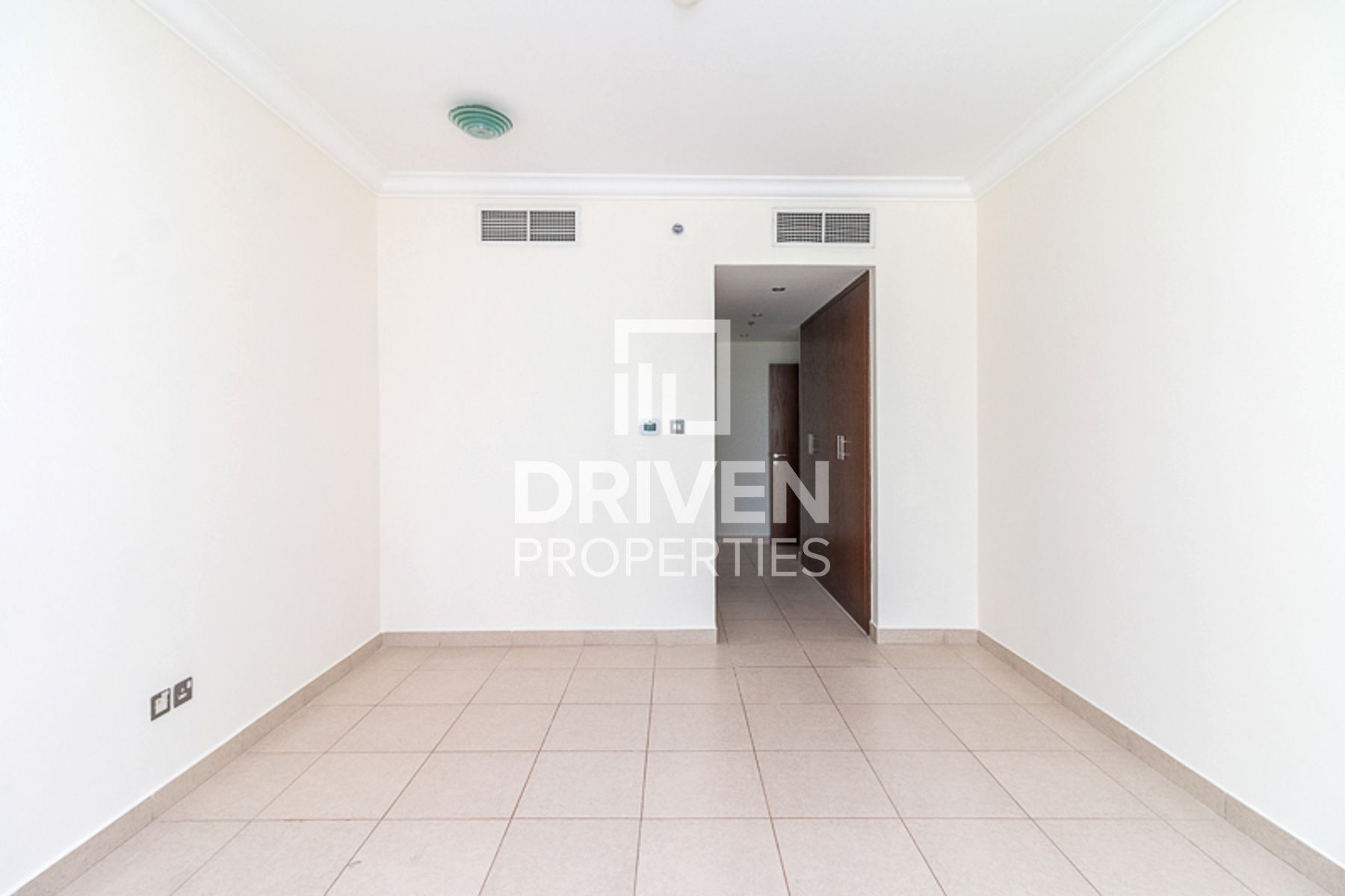 Spacious 2 Bedroom Apartment | Best Price