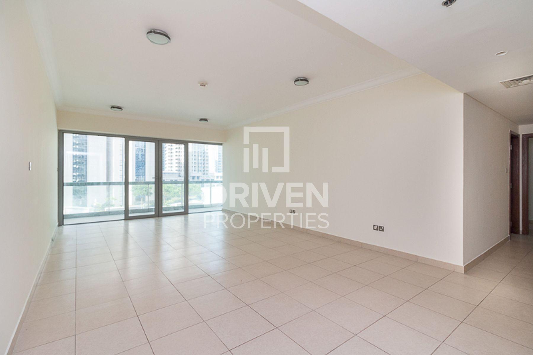 Apartment for Sale in 8 Boulevard Walk - Downtown Dubai