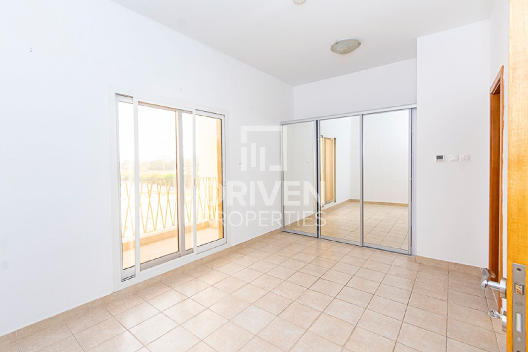 Amazing 4 Bed Townhouse, Serene Location