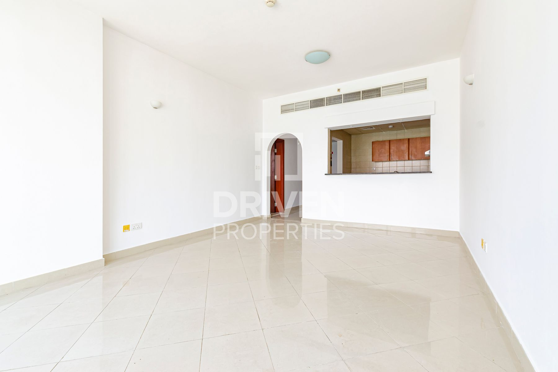 Spacious 1 Bed Apartment in Dubai Sport city