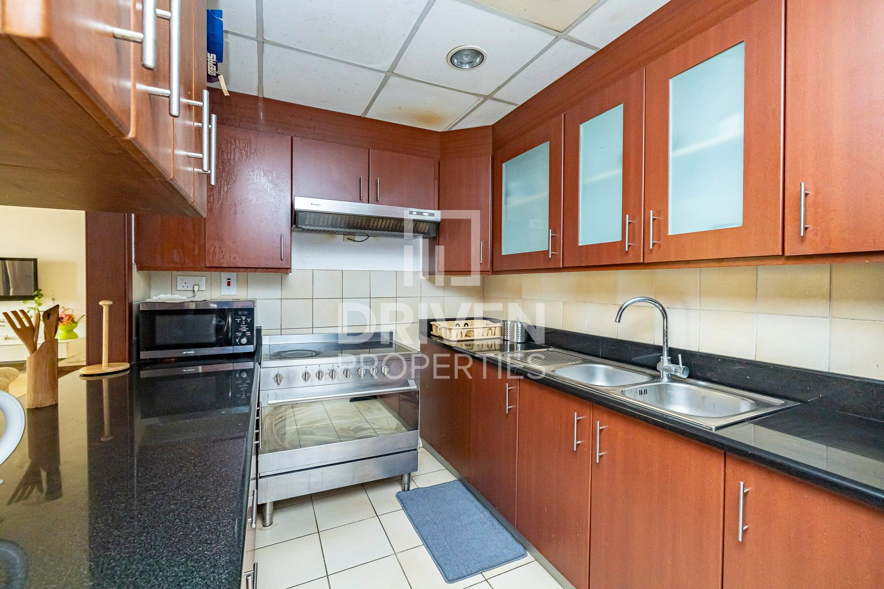 Fully Furnished, Corner Unit, Best Location