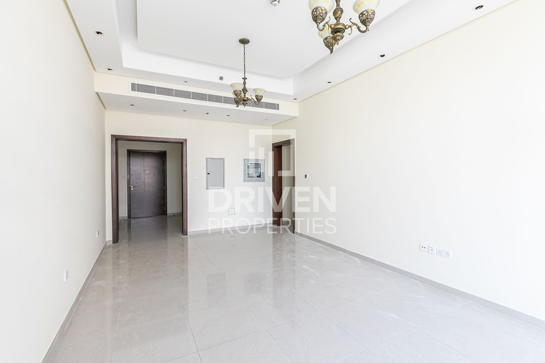 Elegant 1 Bedroom Apartment, Prime Location