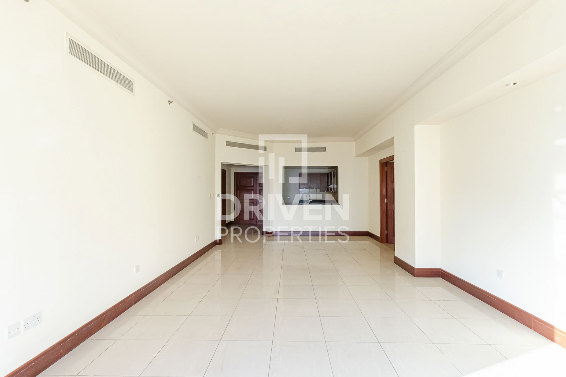 Amazing 2 Bedroom Apartment with Sea View