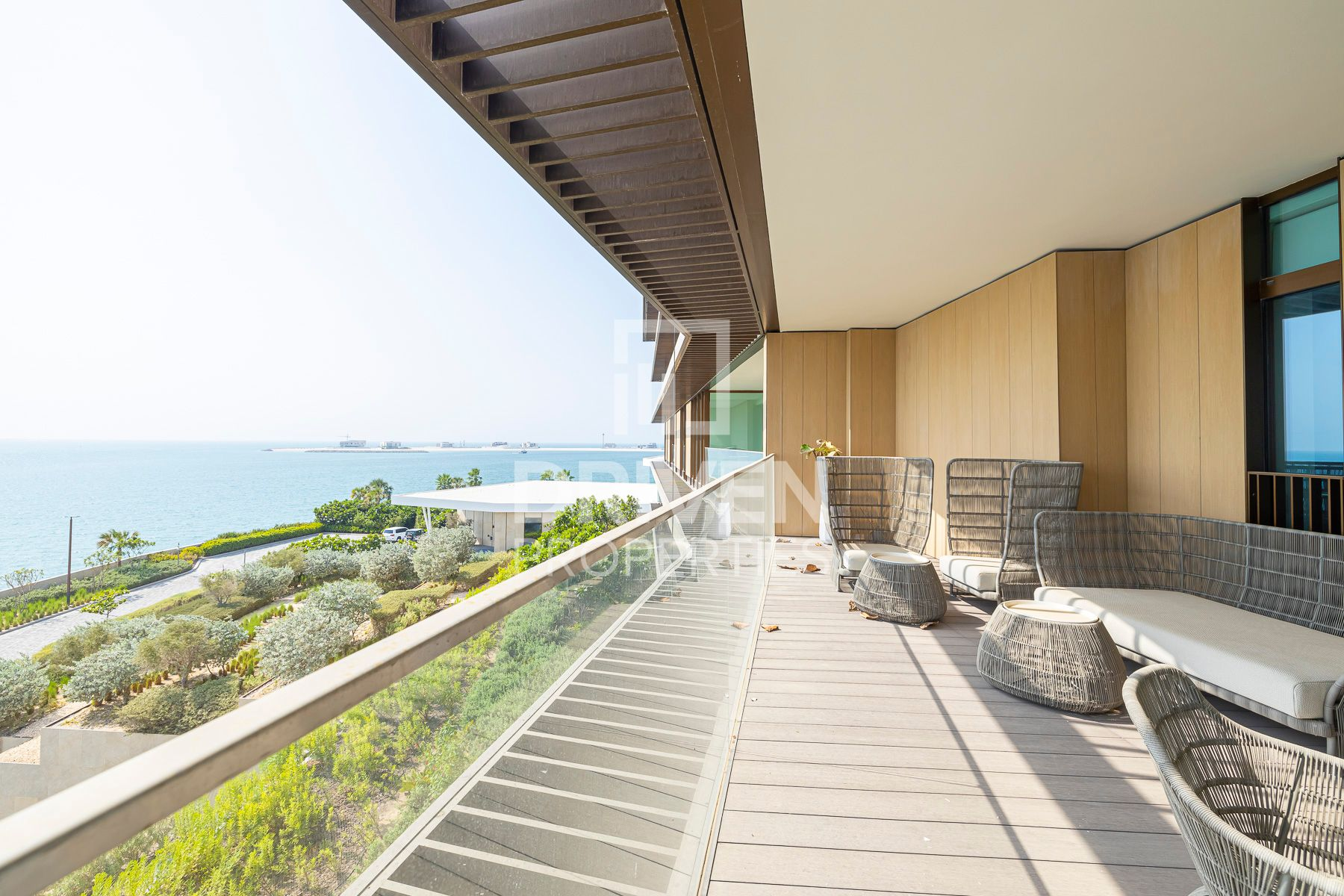 Luxurious 3 Bed Apartment|Lovely Sea Views