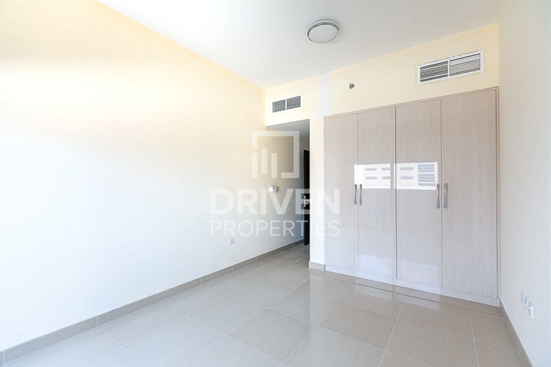 Apartment for Rent in UniEstate Prime Tower - Jumeirah Village Circle