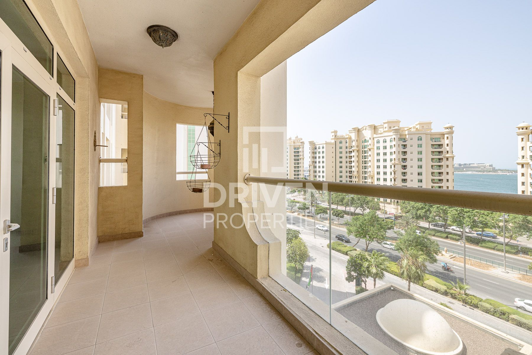 Amazing and Spacious 2 Bedroom Apartment