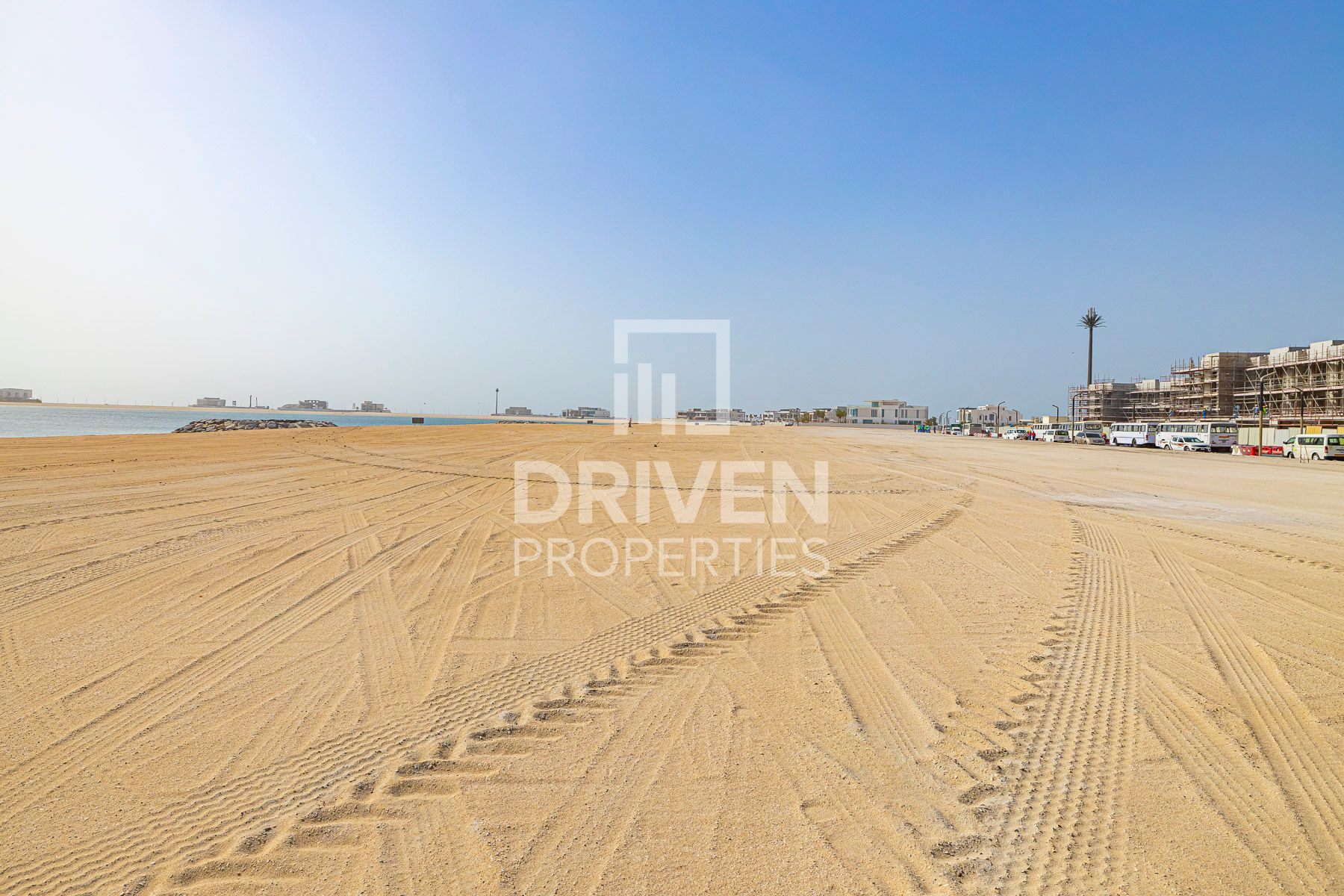 Premium Plot & Best Location, Beach Access