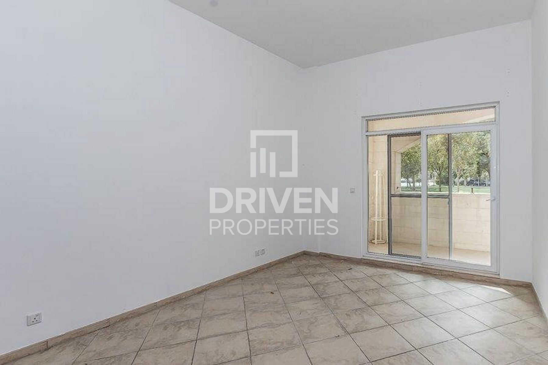 Well-managed and Spacious 2 Bed Apartment