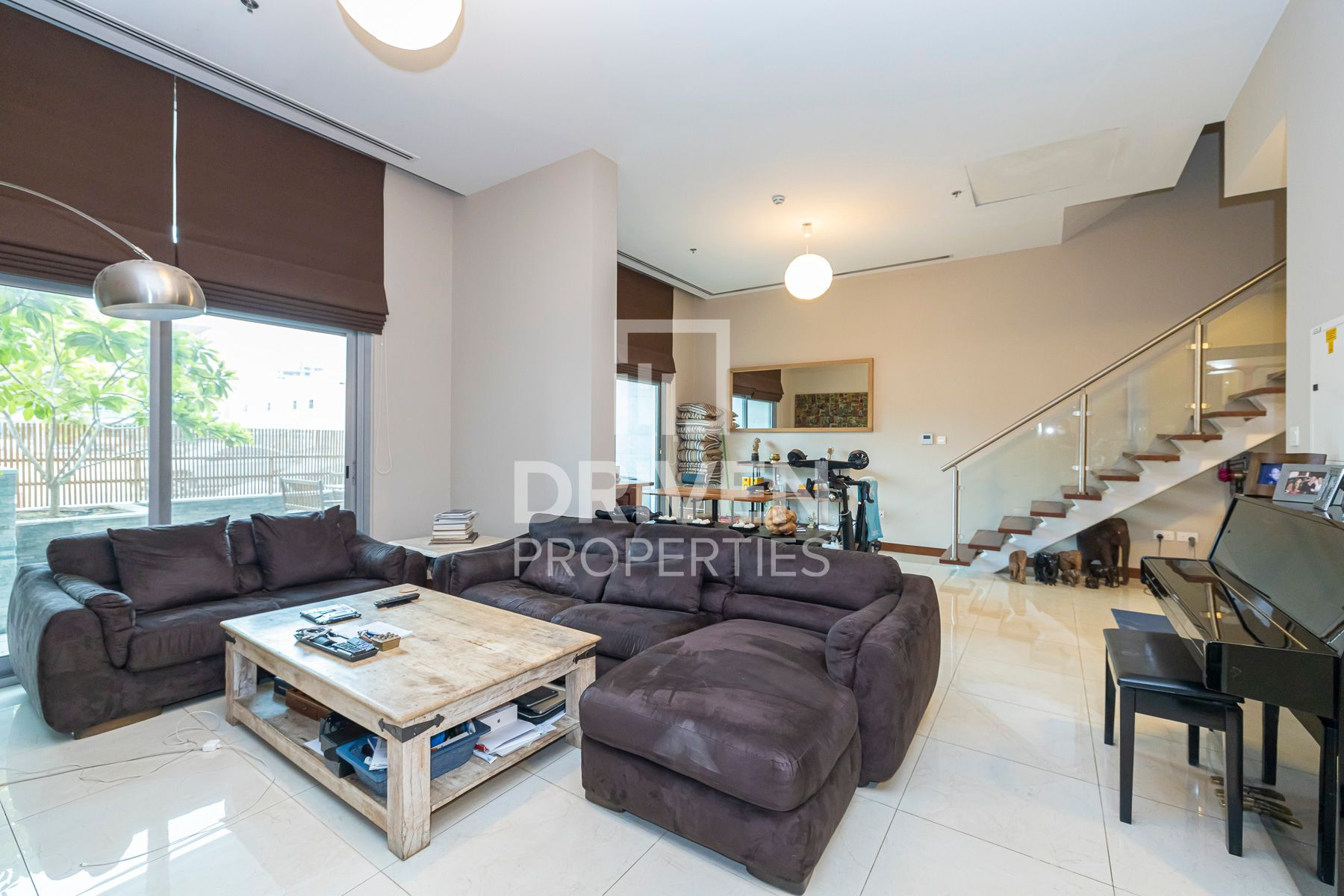 Stunning Upgraded 2 Bed Duplex Apartment