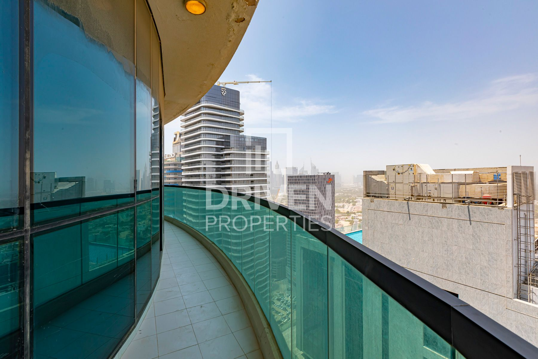 Stunning 3 Bed with Amazing View in Downtown