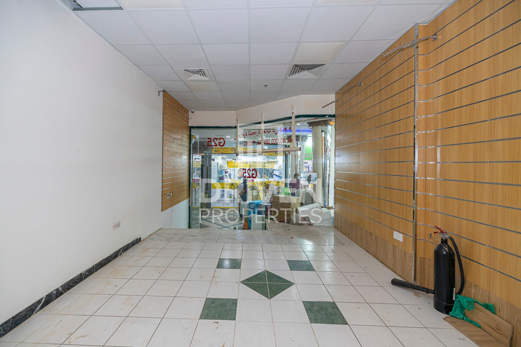 Retail for Rent in Baniyas Square - Deira