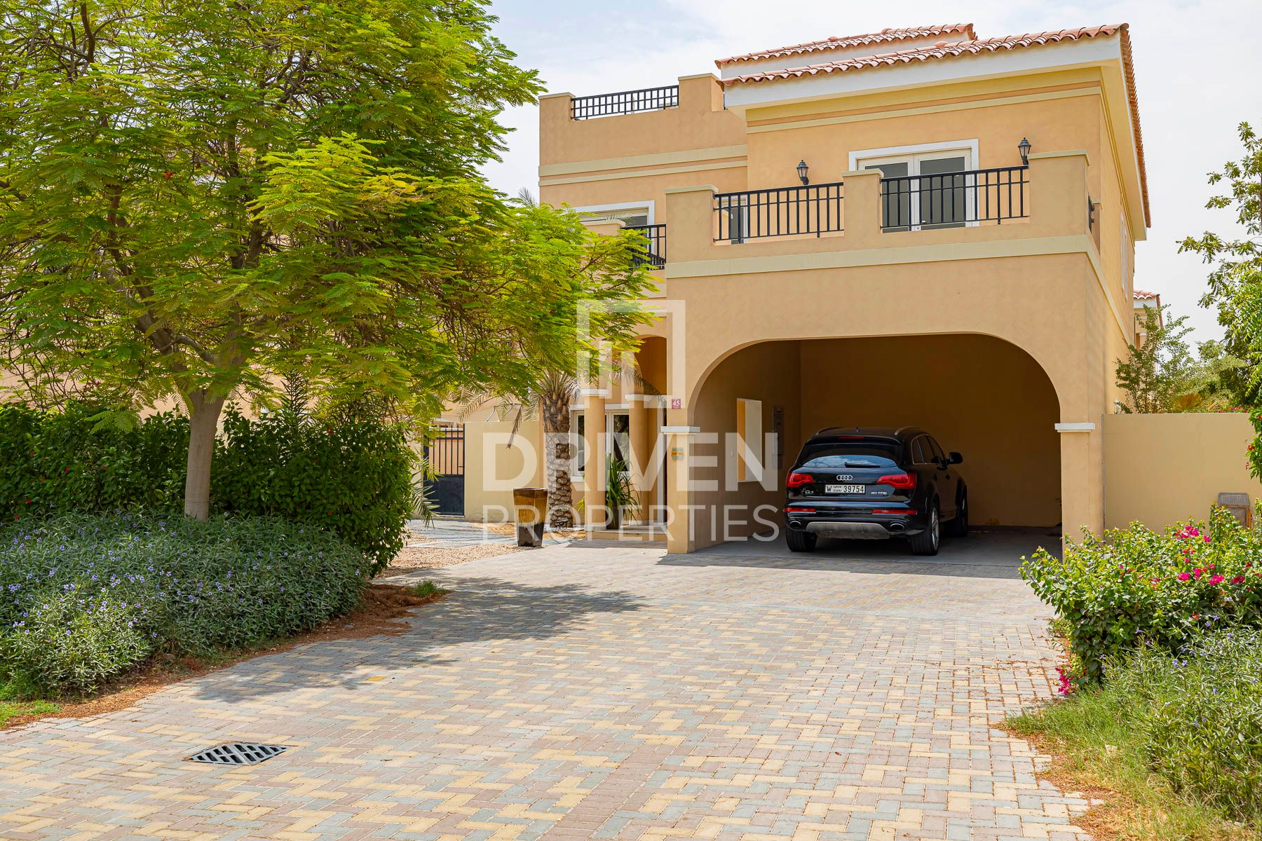 Move Oct,  5 Bed Villa with Private Pool