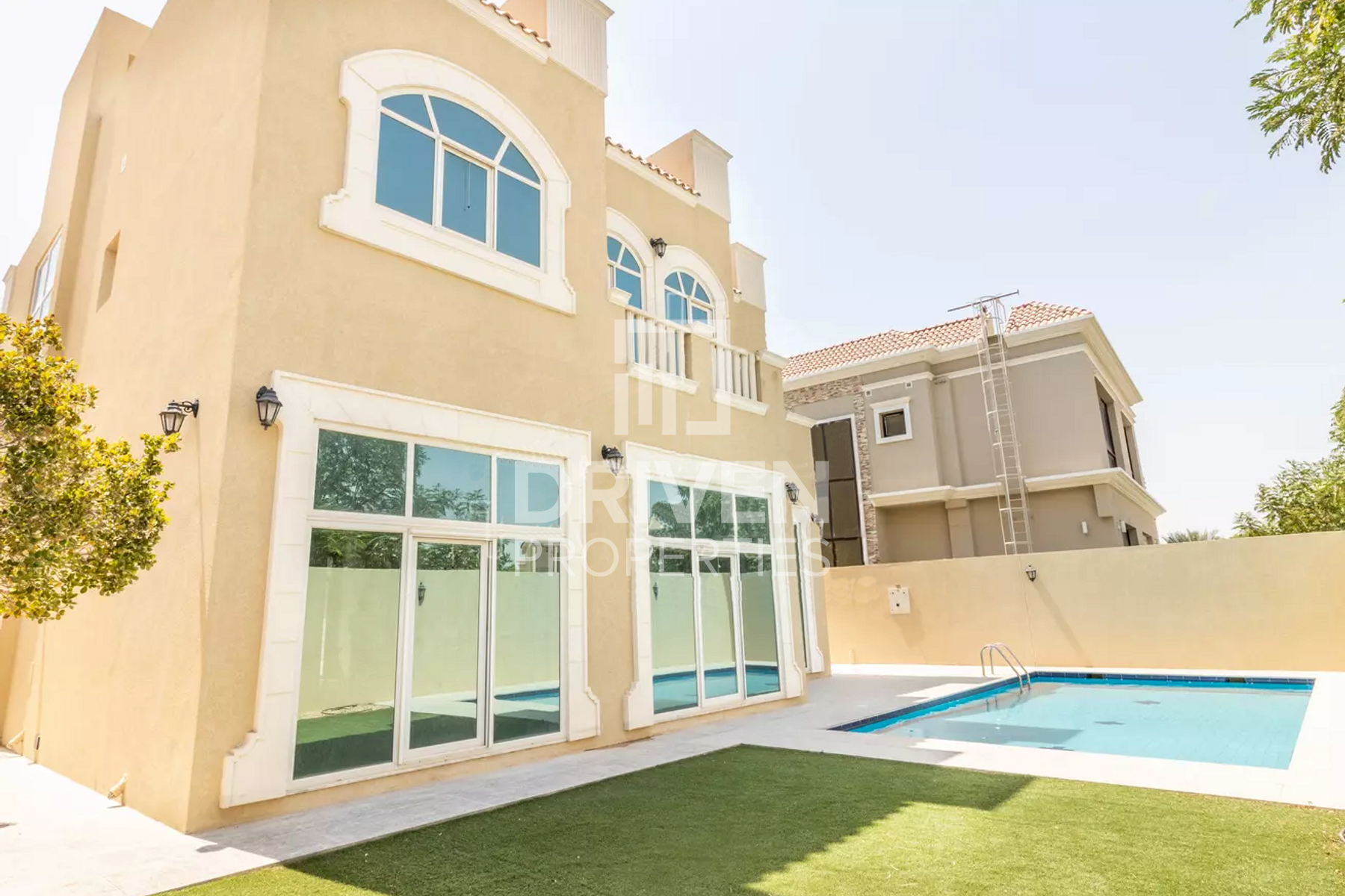 Custom Build 5 Bed Villa with Park Views