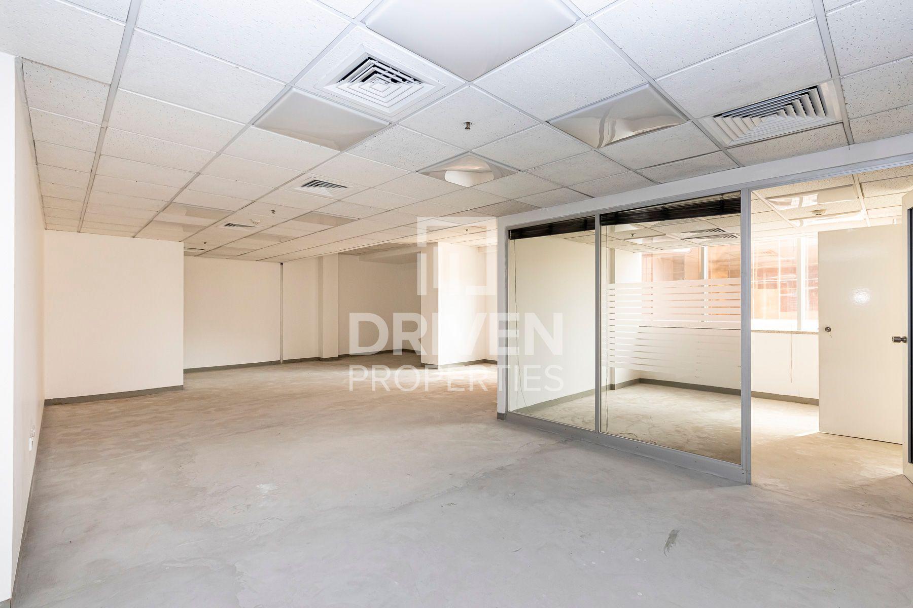 للايجار - مكتب - برج الموسى 1 - شارع الشيخ زايد