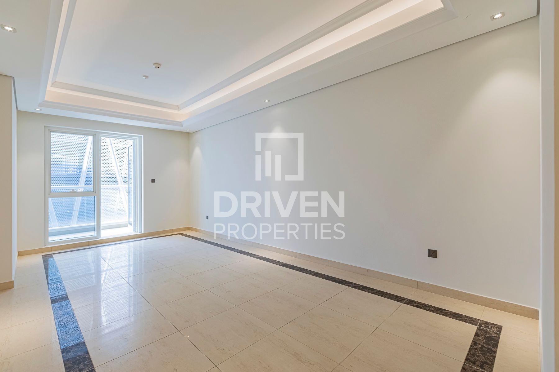 1,551 قدم مربع  شقة - للايجار - دبي وسط المدينة