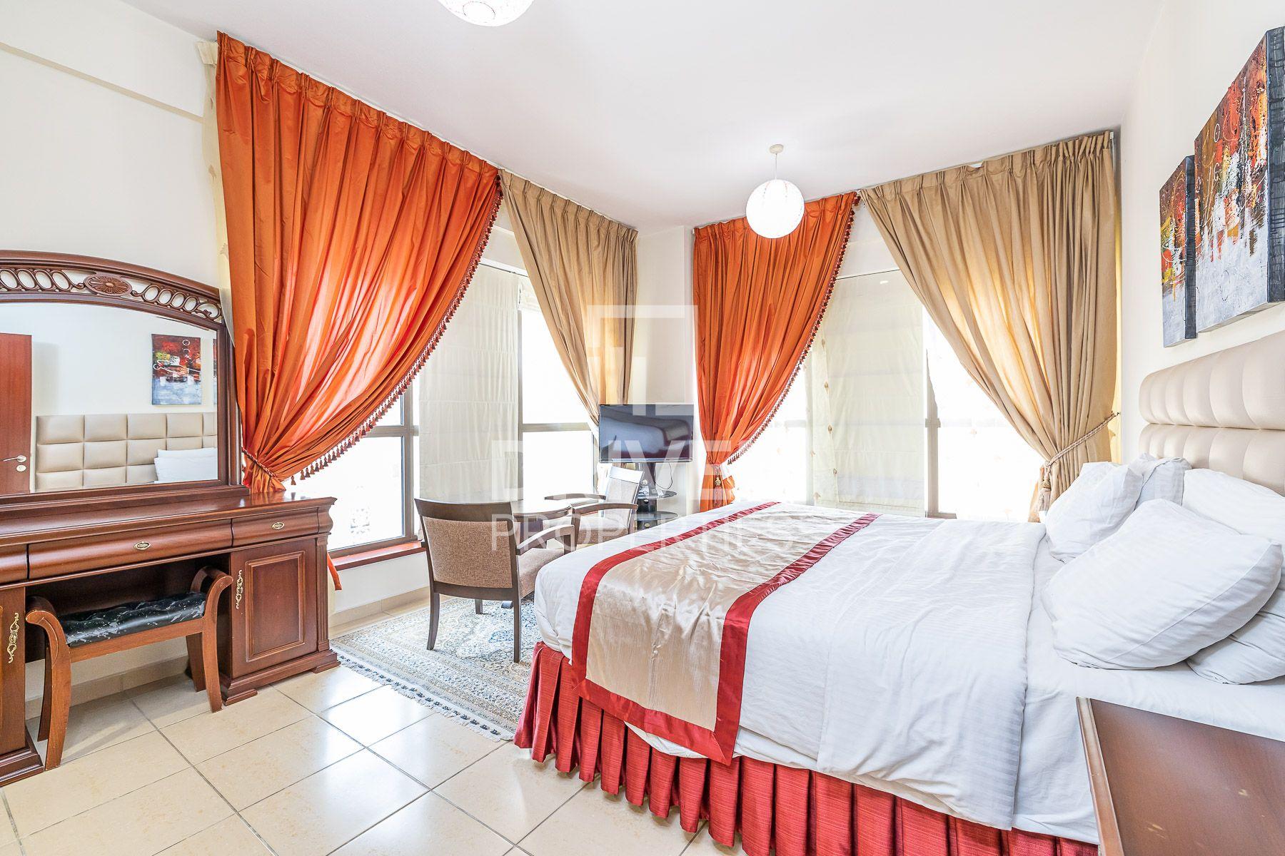 للايجار - شقة - شمس 2 - مساكن شاطئ الجميرا