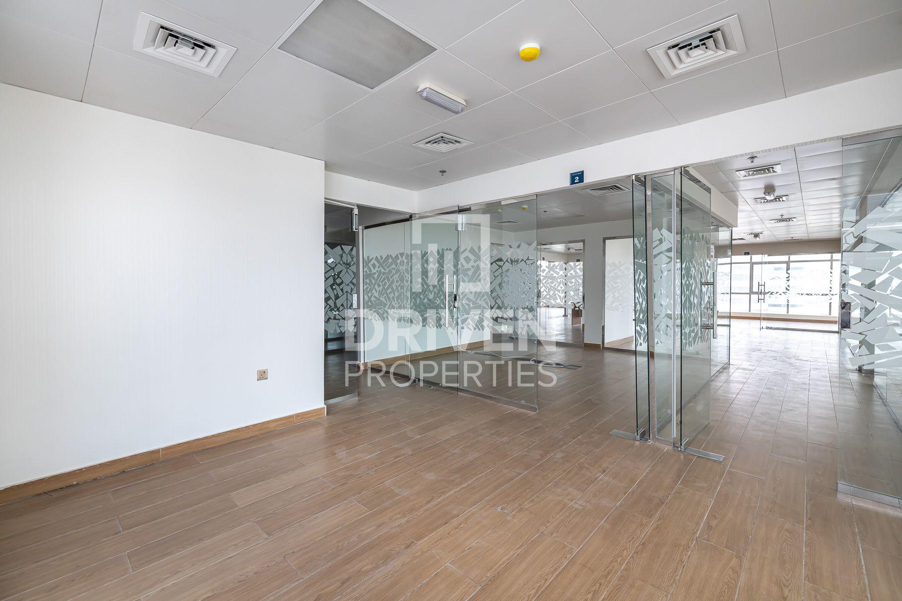 4,106 قدم مربع  مكتب - للايجار - مجمع دبي للإستثمار