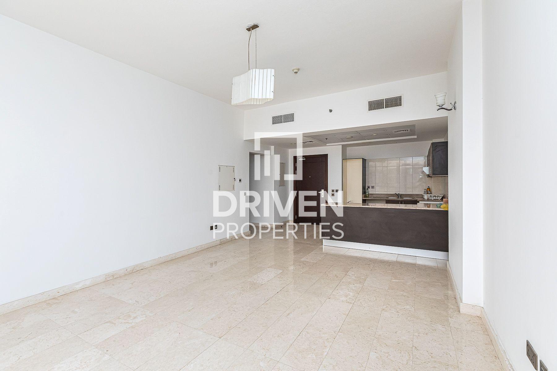 للبيع - شقة - برج المراد - البرشاء