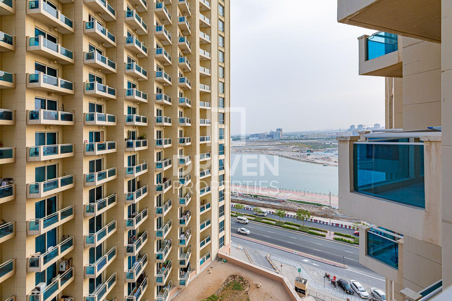 للايجار - ستوديو - B  برج - مدينة دبي للإنتاج (اي ام بي زد)