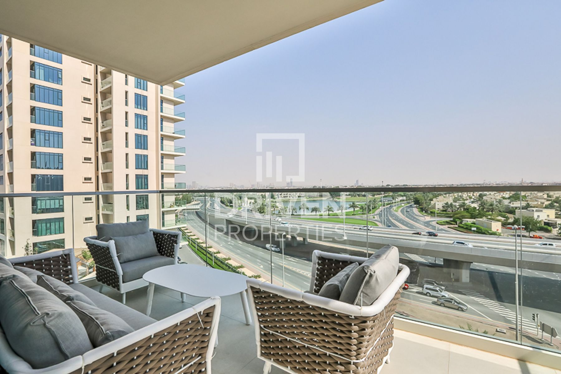 Luxurious 2 Bed Apartment | Fully Furnished