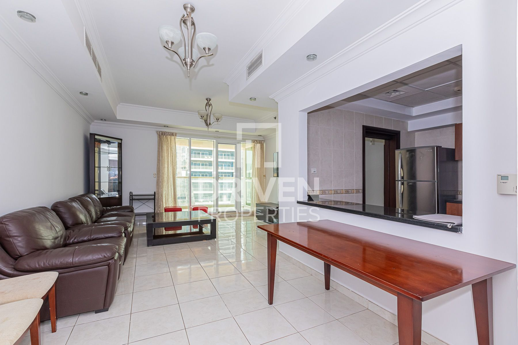 Luxurious and Upgraded Unit | High Floor