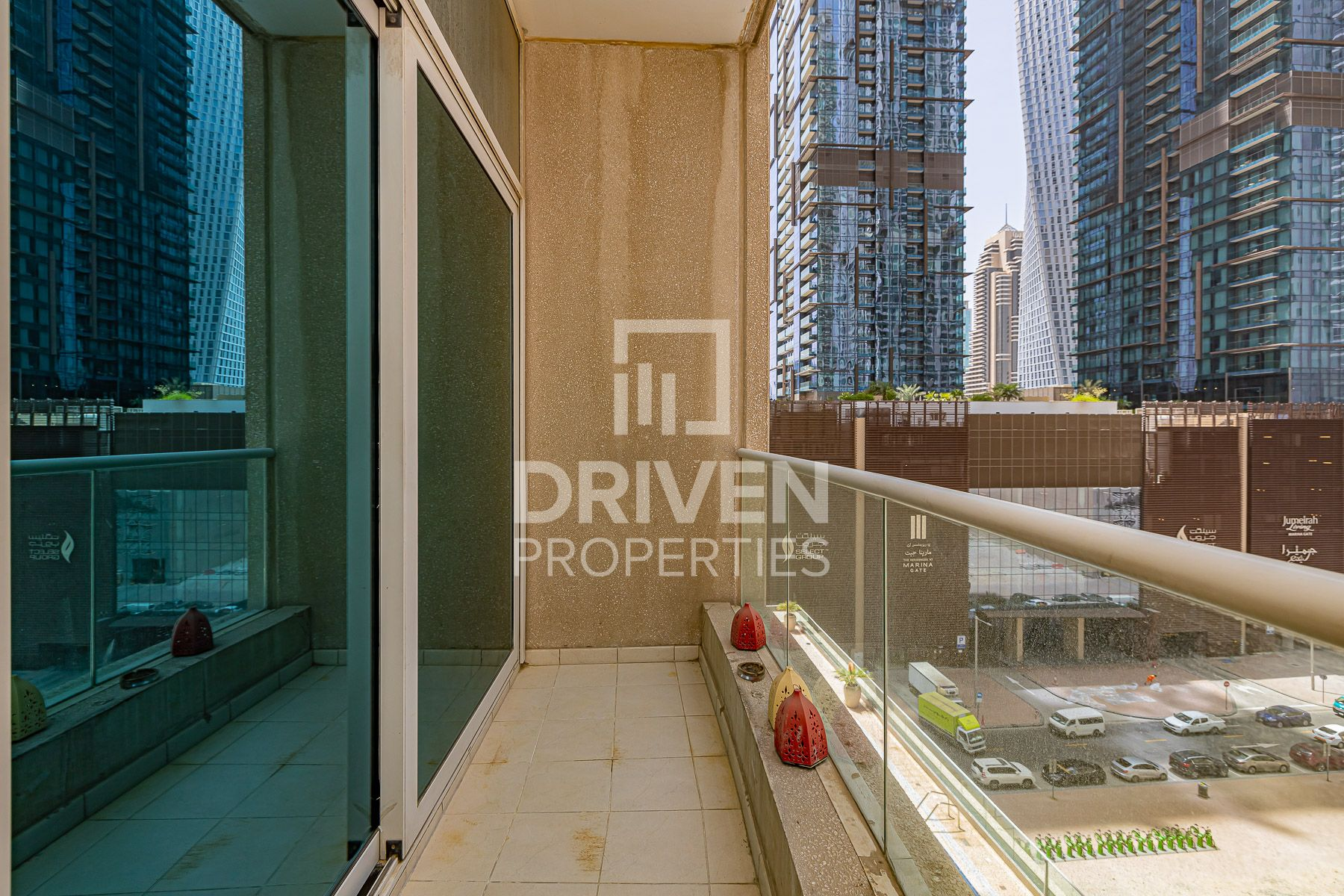 Well-Maintained 2 Bed Apt in Marina Heights