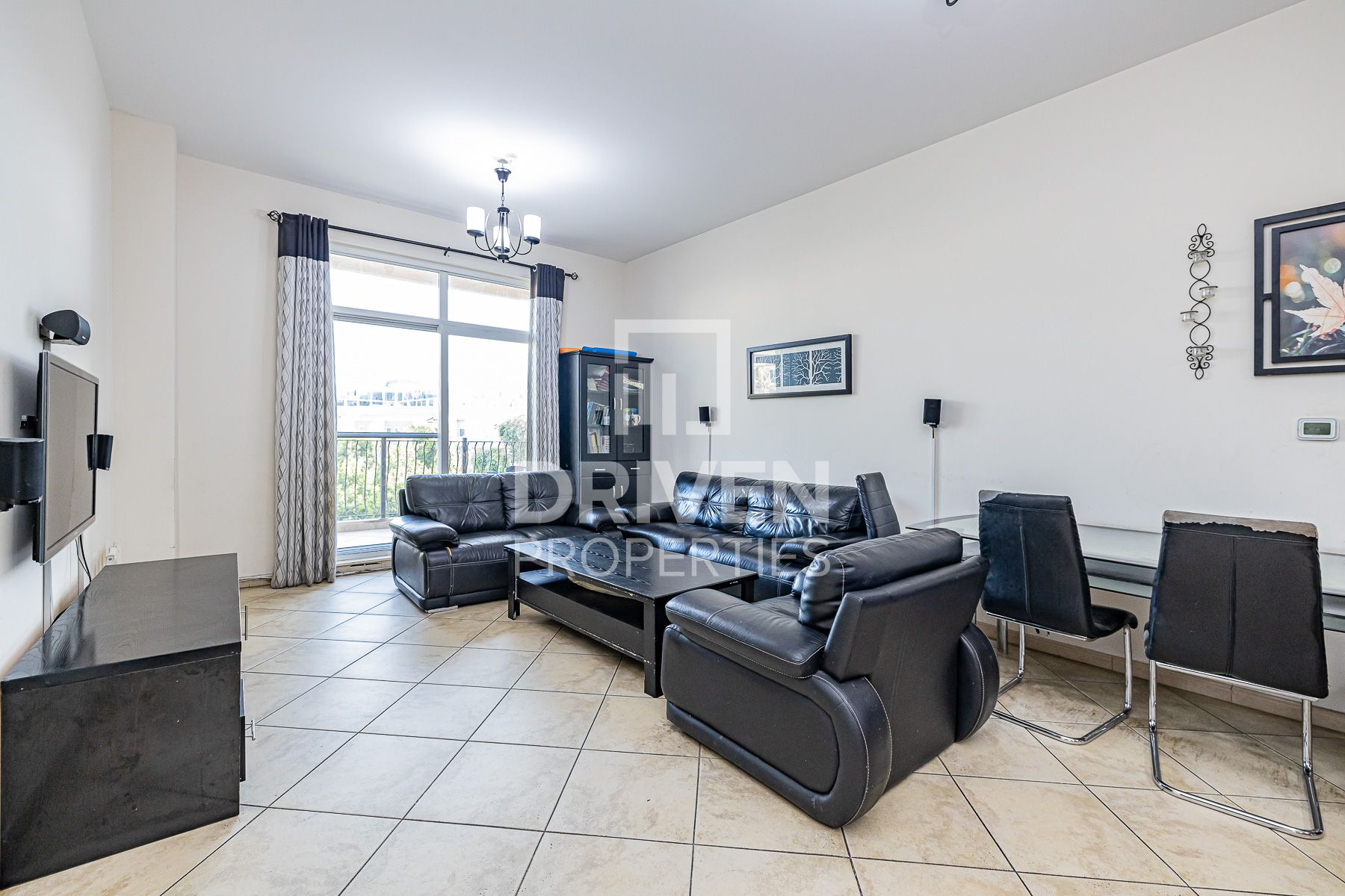 Well-maintained Apt | Preferred Location