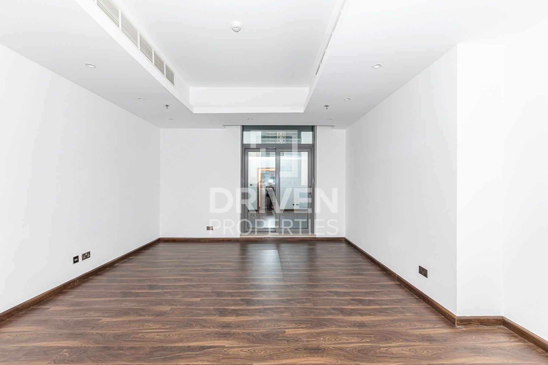 Apartment for Rent in Green Lake Tower 3 - Jumeirah Lake Towers