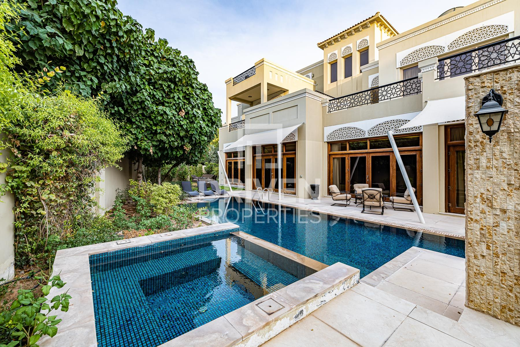 Elegant & Spacious Villa w/ Private Lift