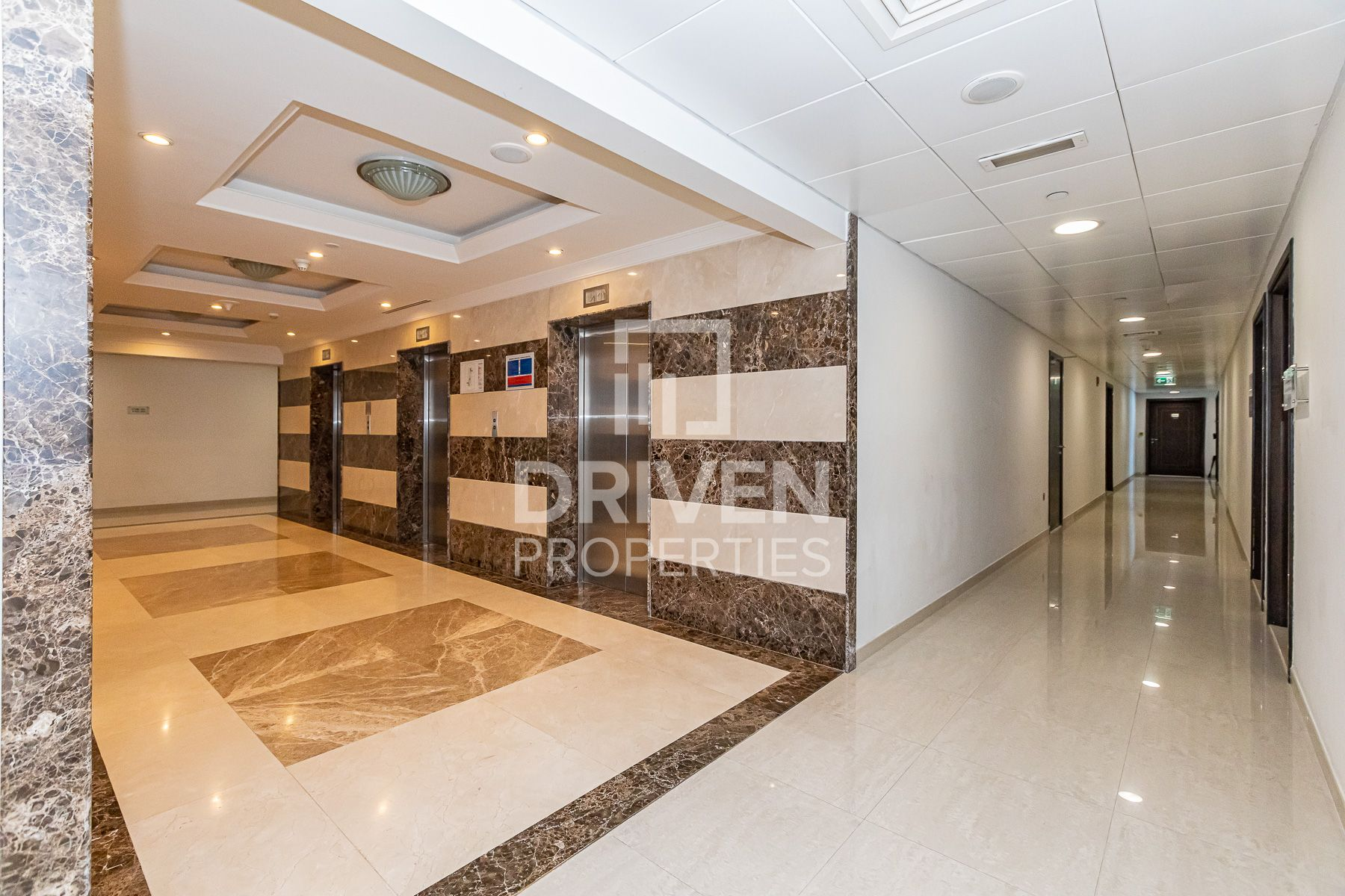 Well-manage & Fitted Office | High Floor