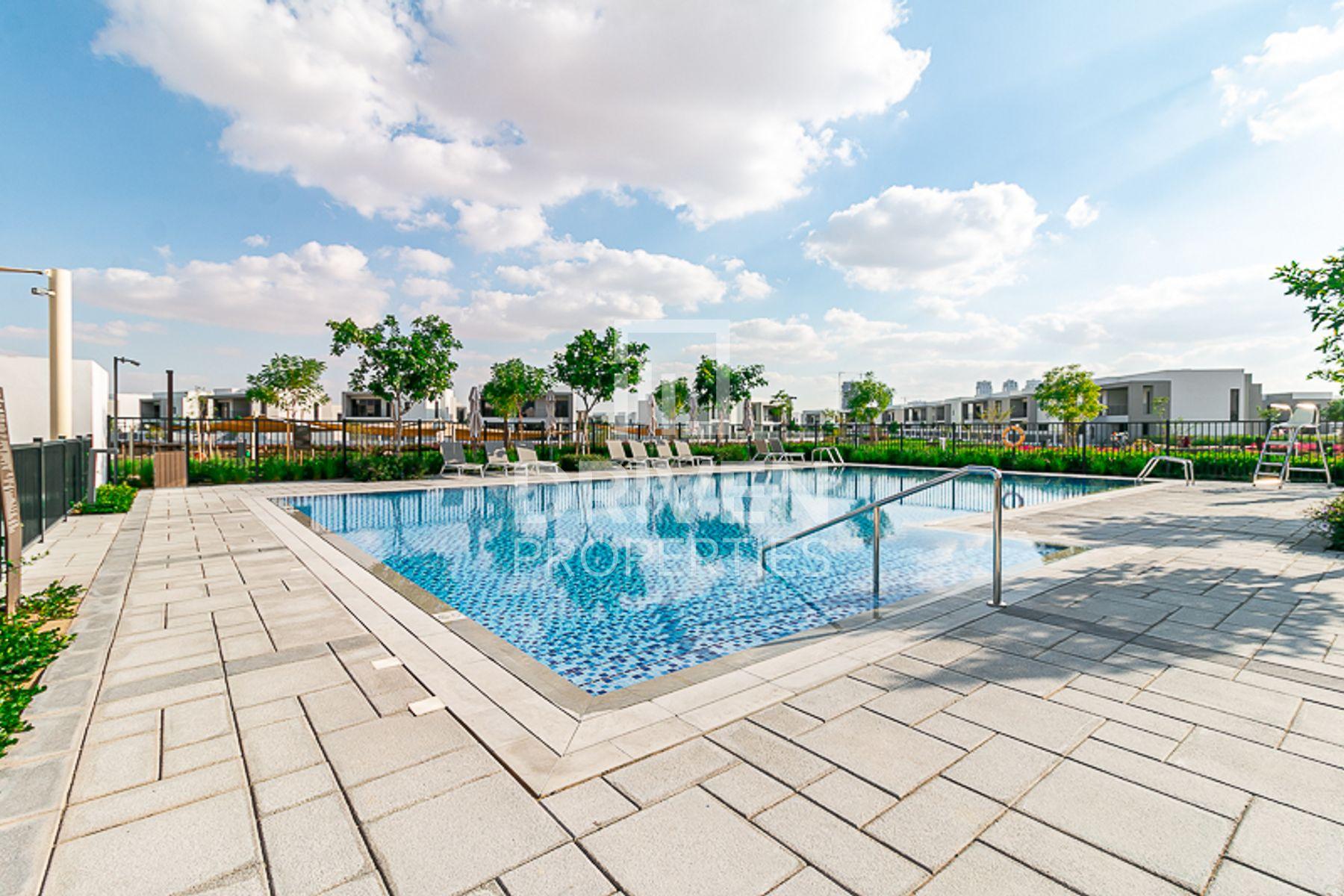 3,523 قدم مربع  فيلا - للبيع - دبي هيلز استيت