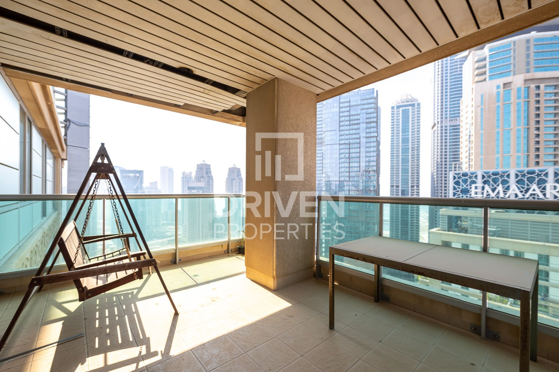 Luxurious Apartment w/ Best Marina Views