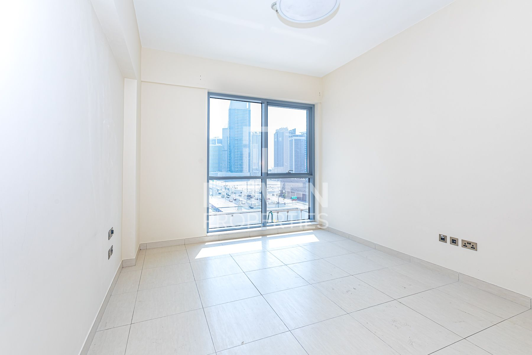 Apartment for Rent in Bahwan Tower Downtown - Downtown Dubai