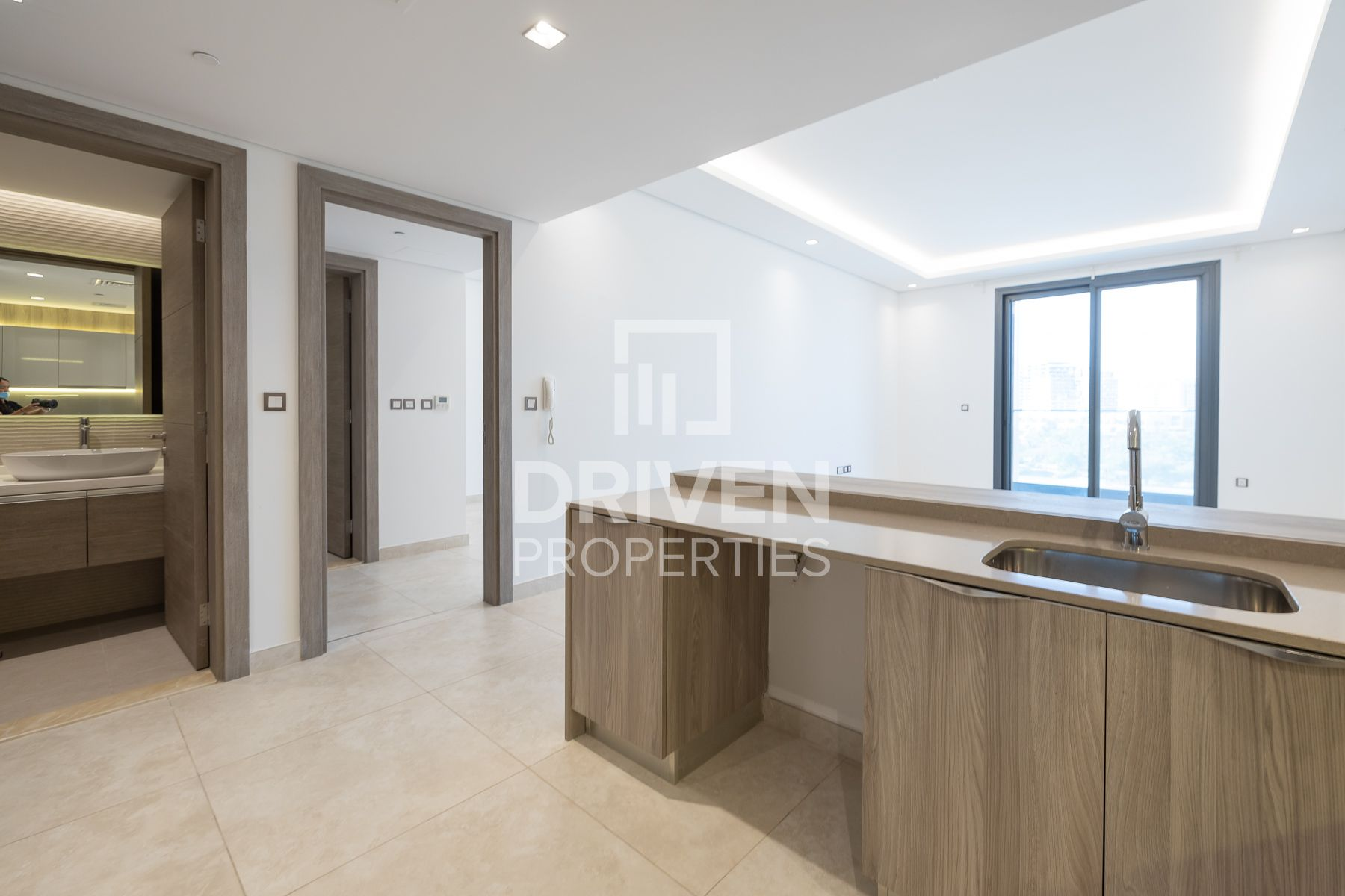Exclusive and Well-managed 1 Bed in Taraf 1