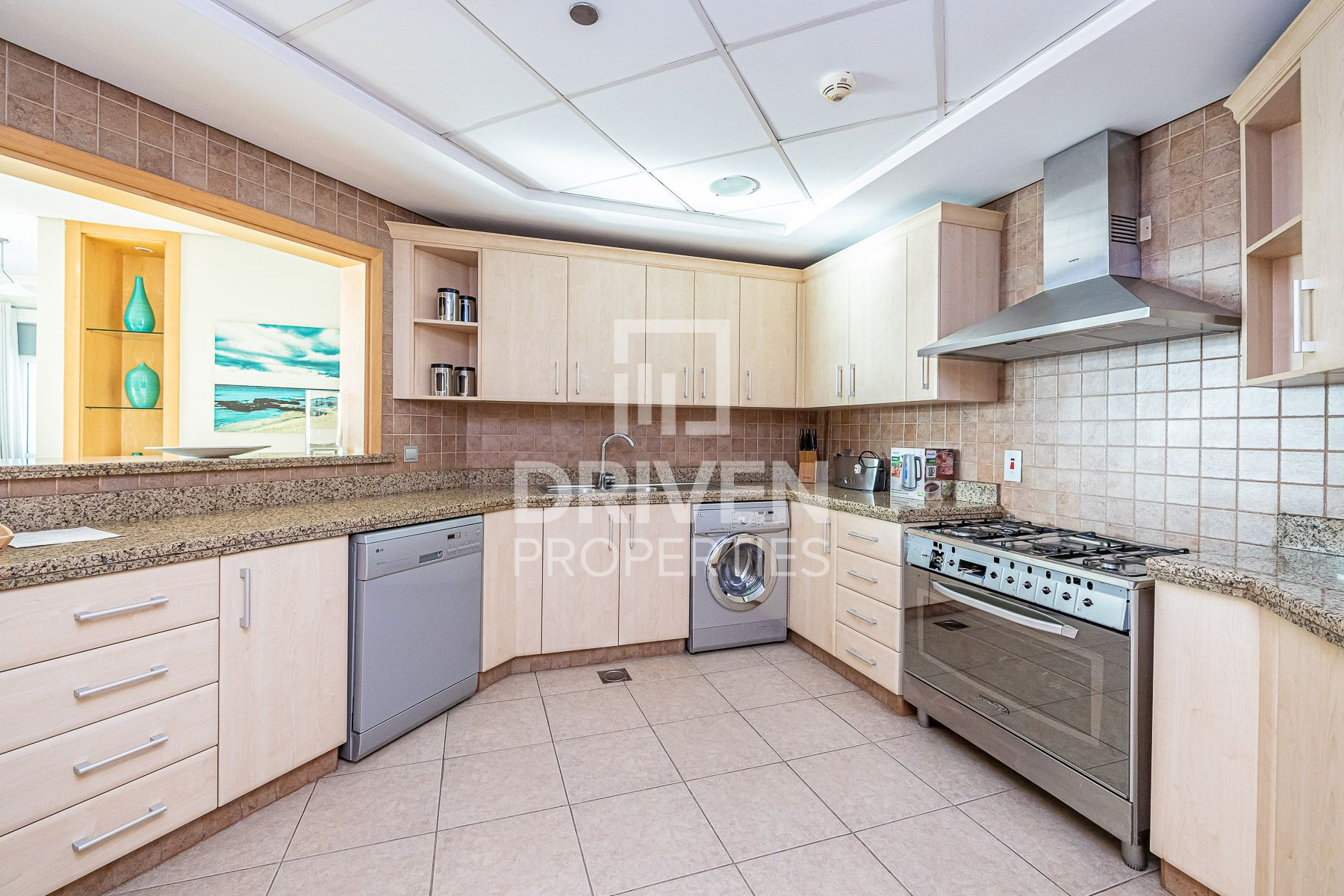 Apartment for Rent in Al Das - Palm Jumeirah