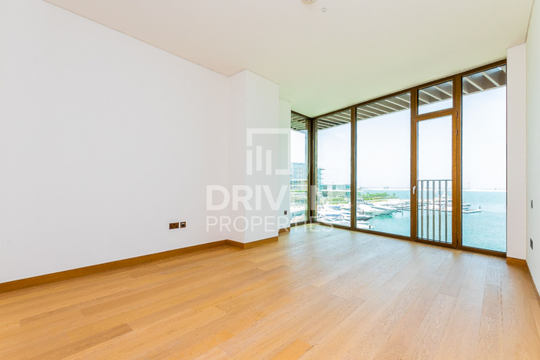 Beautifully Furnished | Sea & City Views