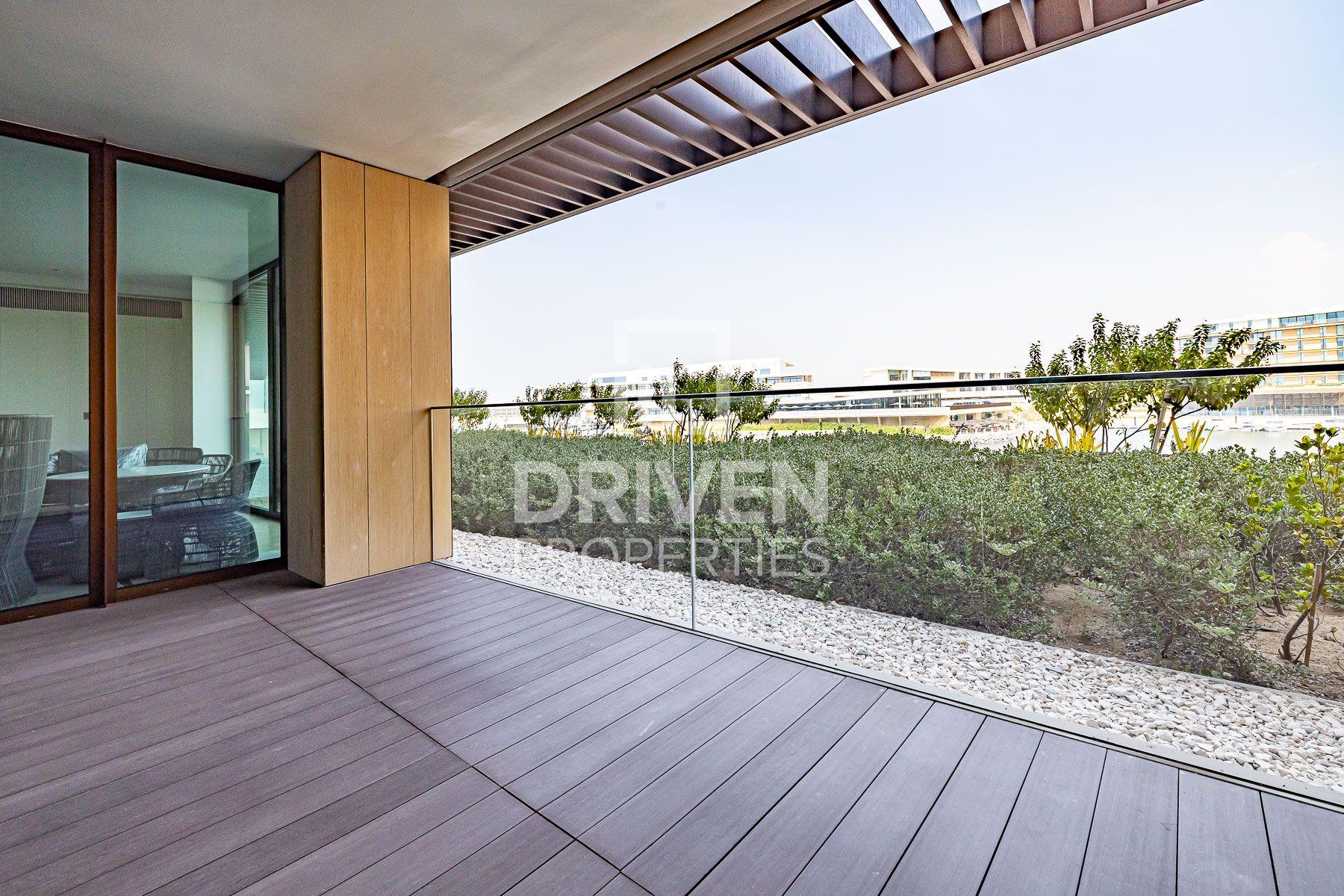 Luxurious Living Apt | Prime Marina View