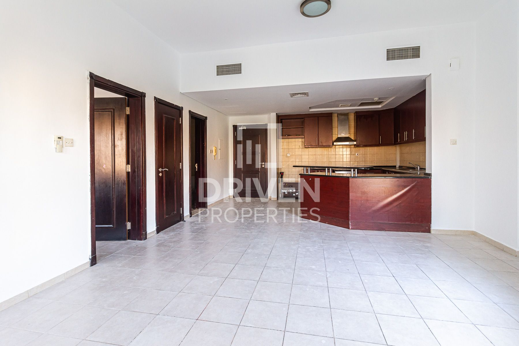 Bright and Well-maintained 1 Bedroom Apt