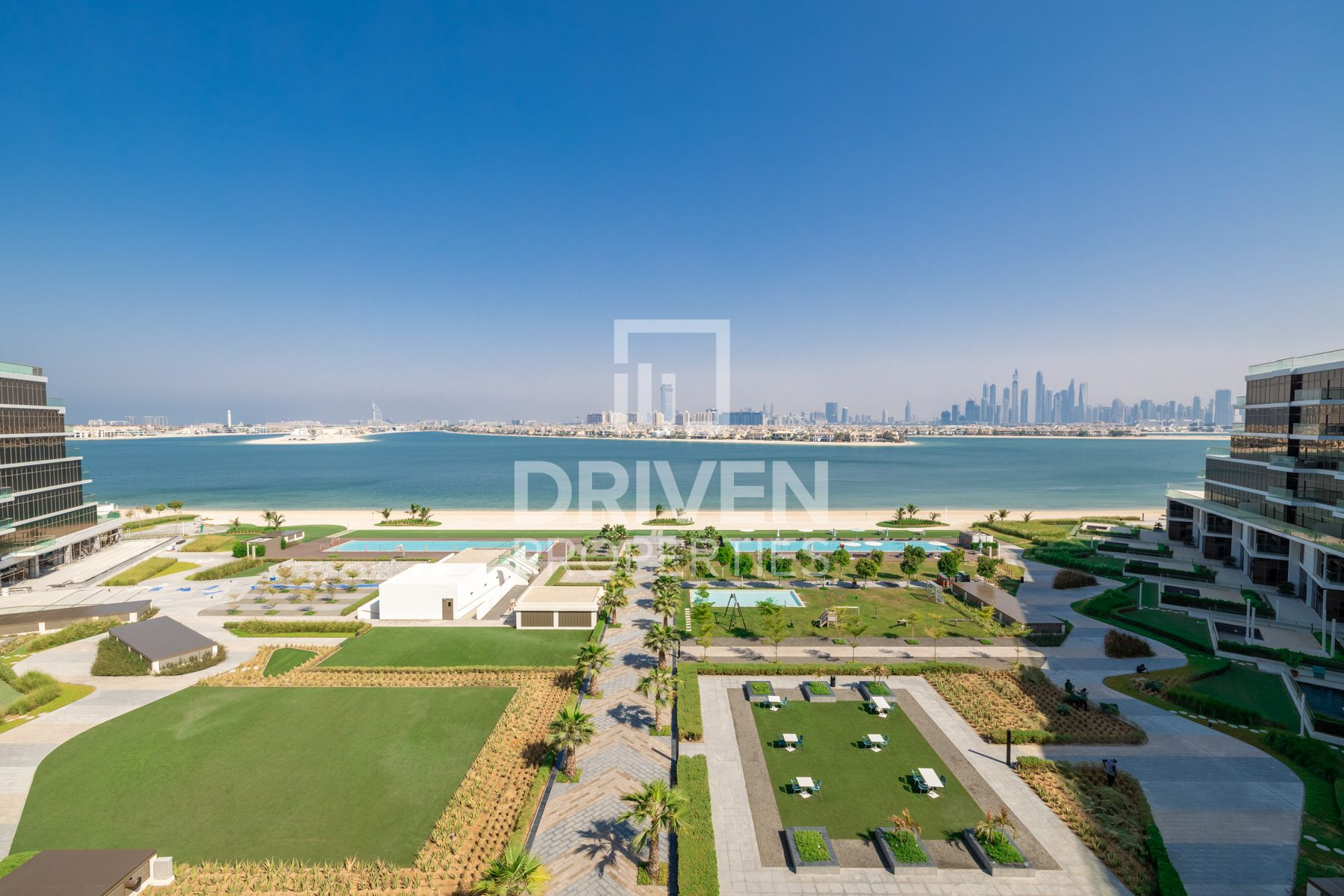 Apartment for Sale in The 8 - Palm Jumeirah