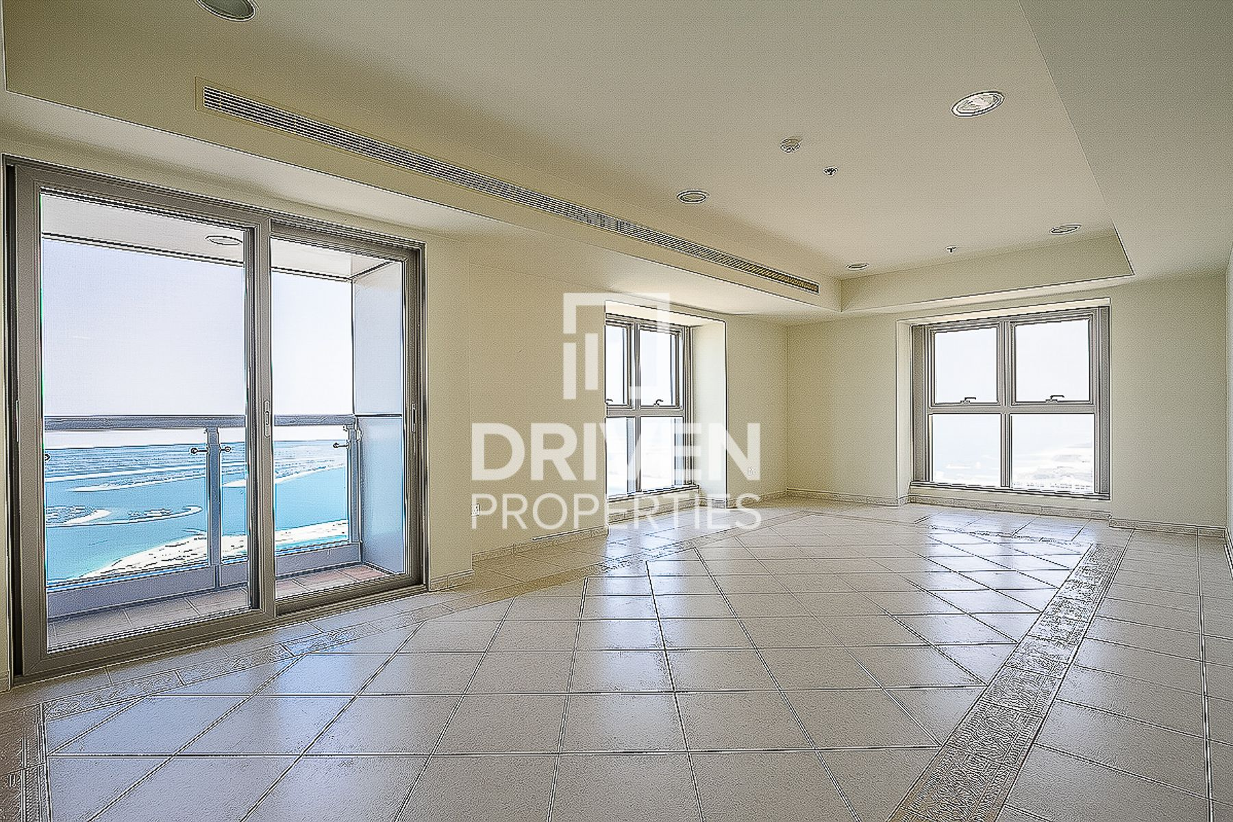 High Floor 3 Bed w/ Full Sea & Palm View