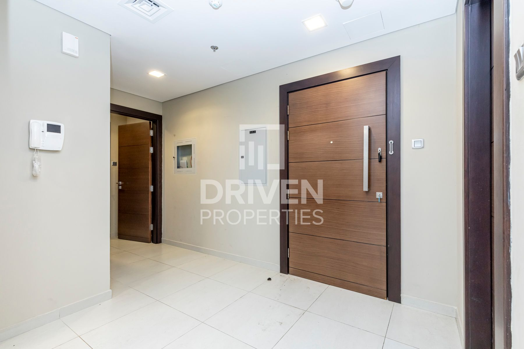 Apartment for Rent in API 1000 - Umm Al Sheif