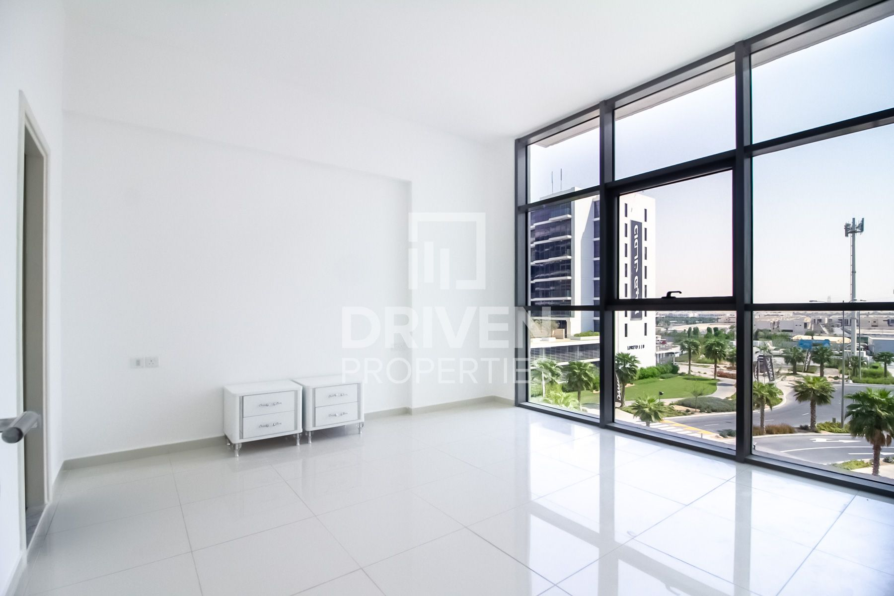 1 Bed Apt   Community View   Close to park