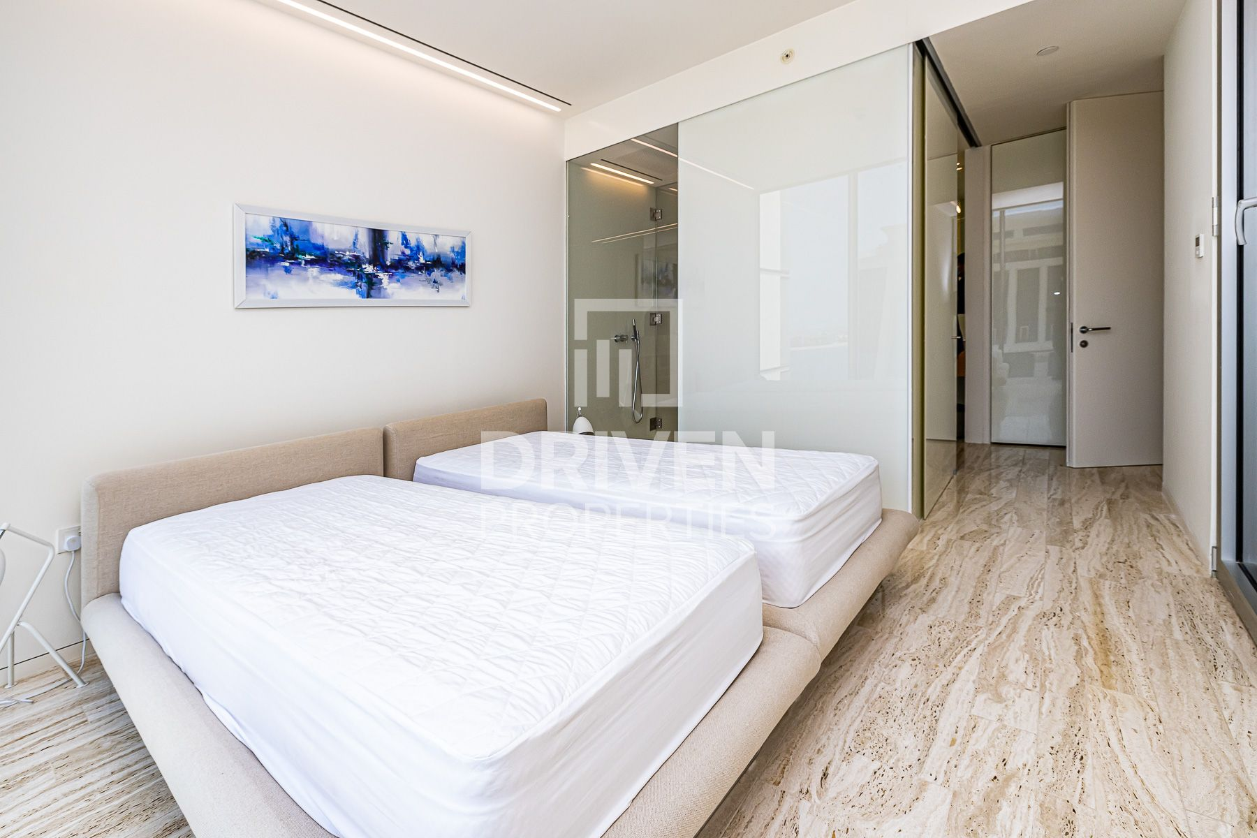 Spacious and Well-managed Apt | Sea View
