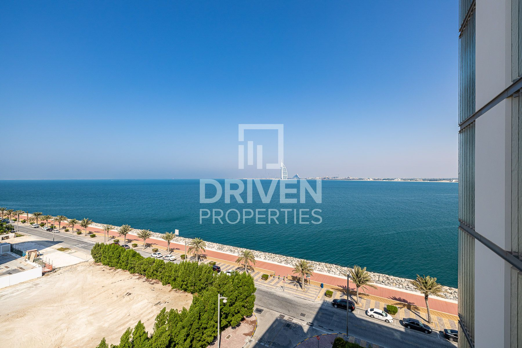 Luxurious Living and Spacious | Sea View