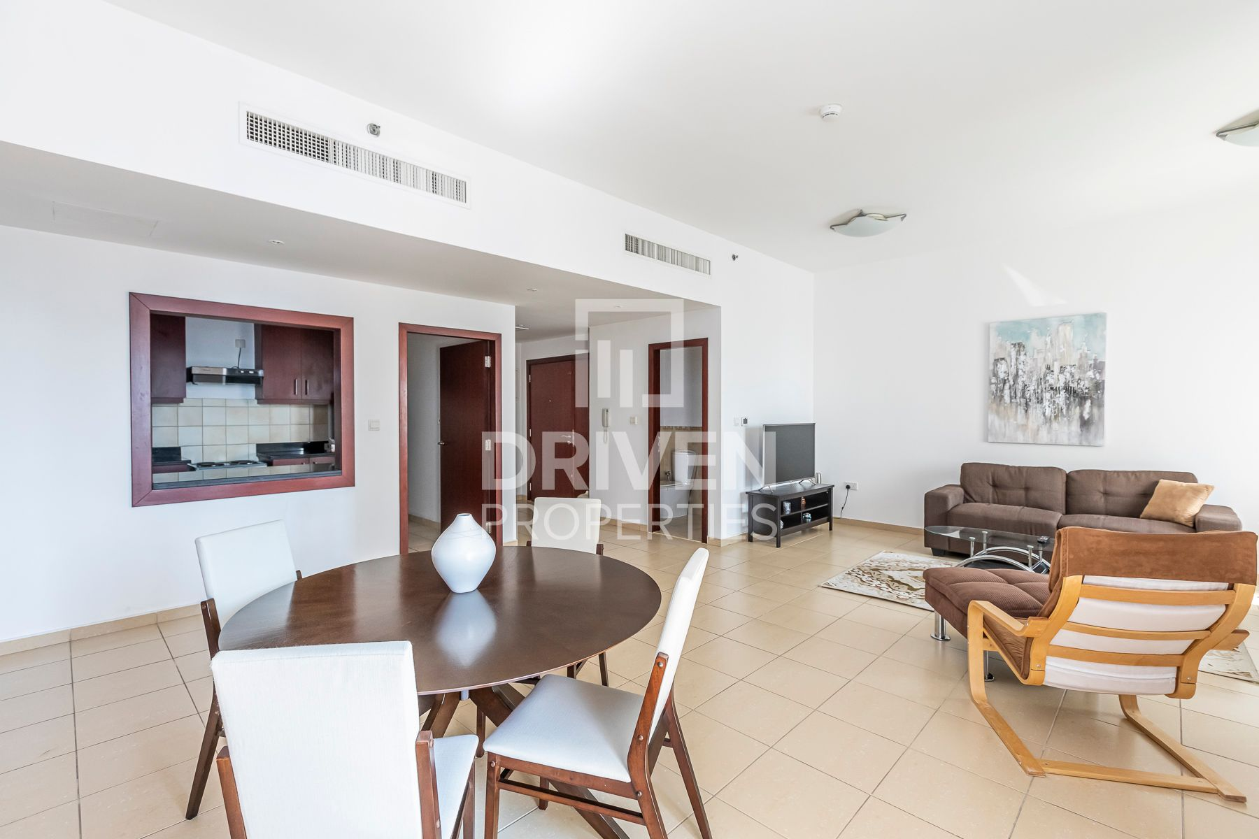 Spectacular Views   Furnished   Spacious