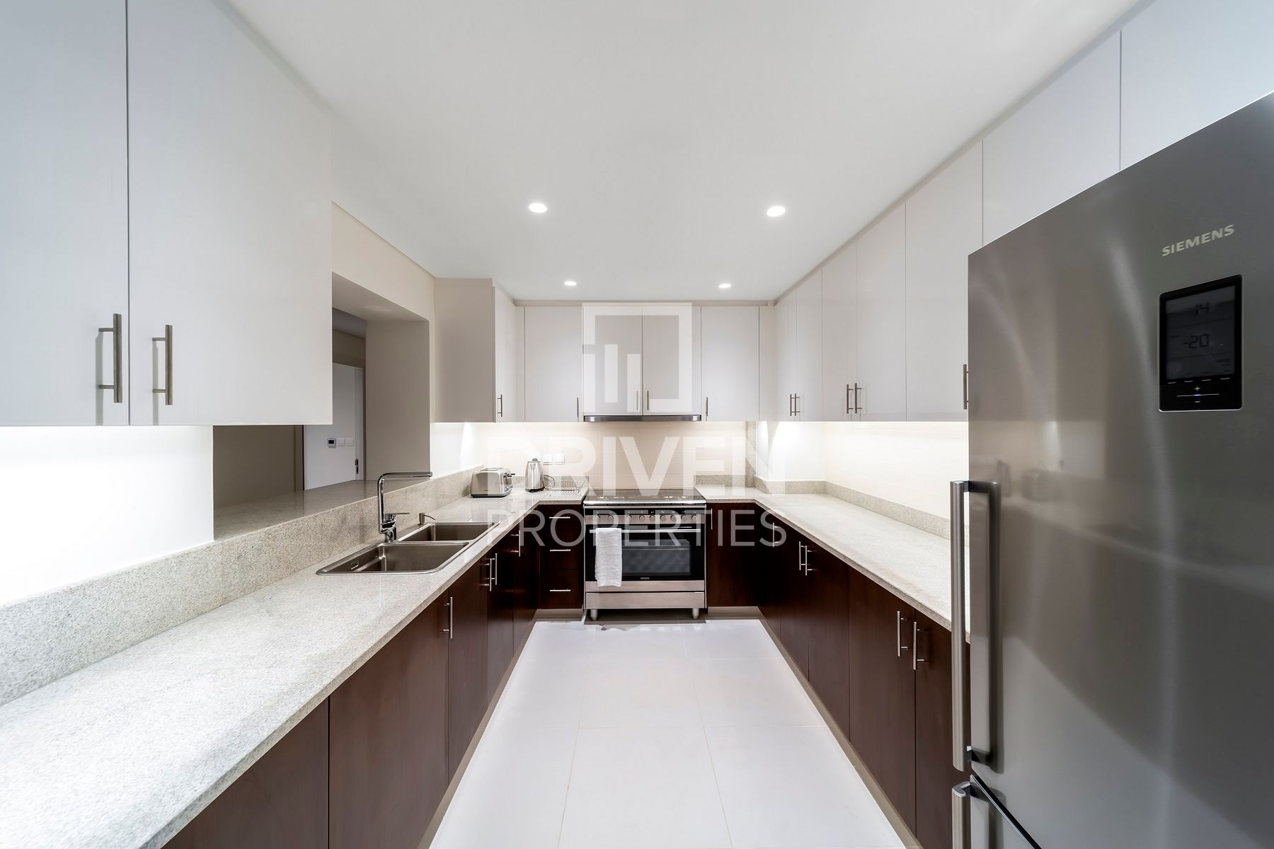 Apartment for Rent in Boulevard Crescent 1 - Downtown Dubai