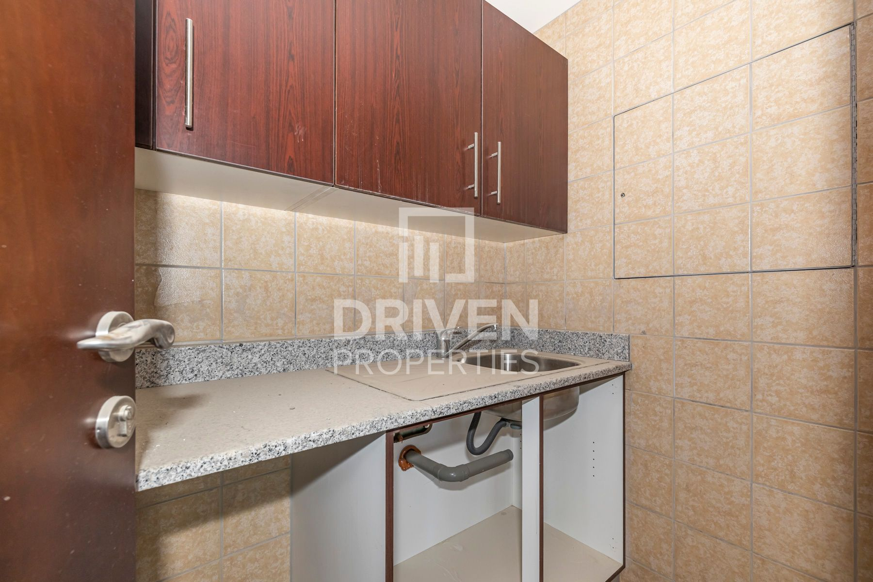 Full floor for Sale in Silver Tower - Business Bay