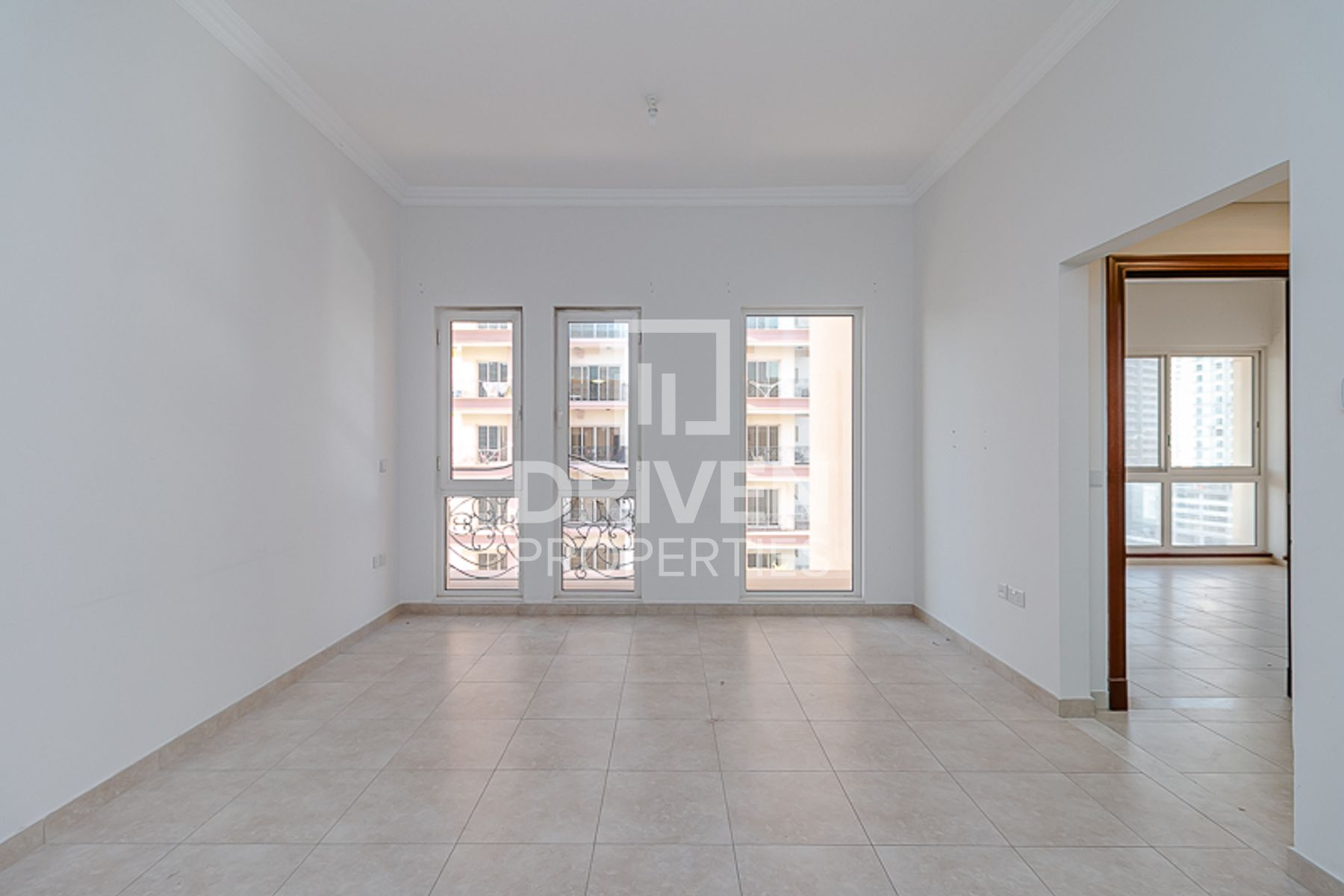 Elegant and Well-maintained with Balcony